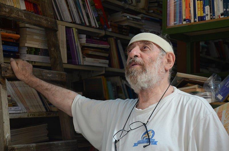 Un libraire hors pair qu'on a envie de rencontrer et une librairie à visiter à Tripoli